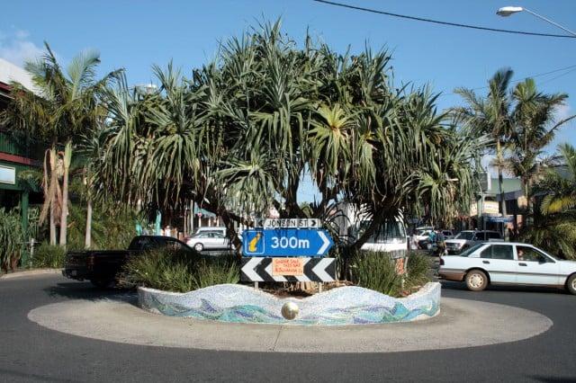 Jonson-Street-roundabout-Byron-Bay-EJTF-1200
