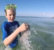 'Plastic Free Boy' aims to save the turtles