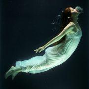 under-water-1819586_1920-768×948-1