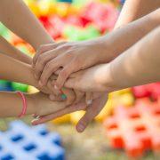 hands-children school friends2847508_1920